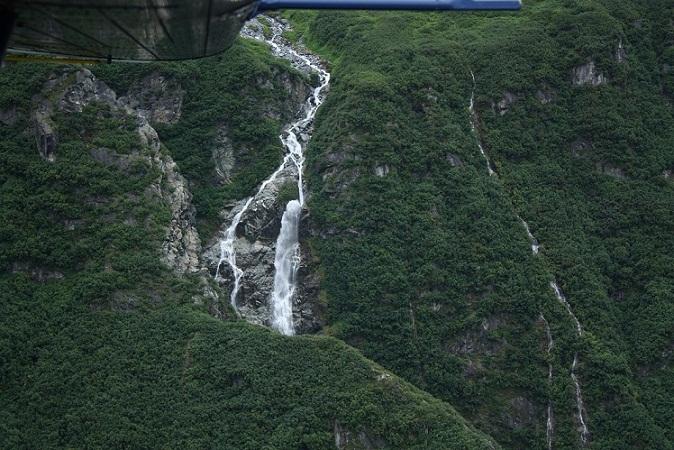 flightseeingwaterfall